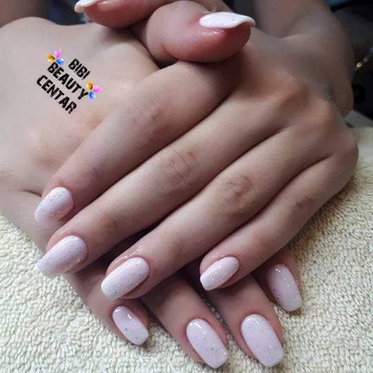Bibi beauty centar #beograd Izlivanje noktiju Izlivanje noktiju gelom - kratki nokti izlivanje bibi