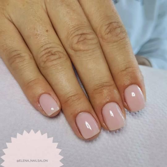 Elena Nails #beograd Ojačavanje noktiju Korekcija ojačavanja noktiju gelom - boja Mnogi klijenti t