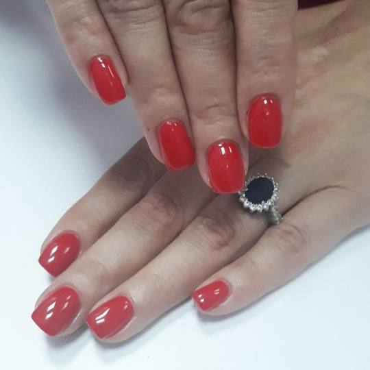 Mariposa #beograd Izlivanje noktiju Izlivanje noktiju gelom - srednja dužina noktiju