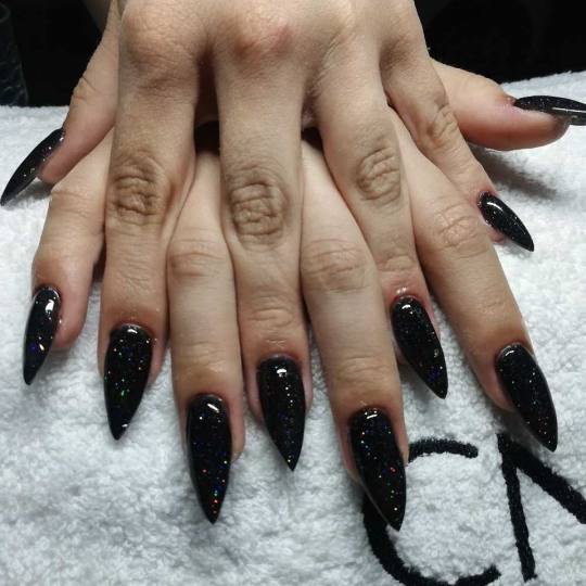Xtreme #beograd Izlivanje noktiju Izlivanje noktiju gelom