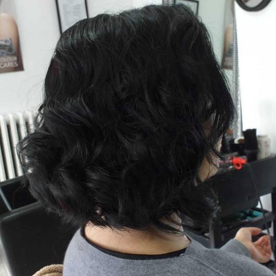 Prestigio #beograd Žensko šišanje Žensko šišanje - kosa srednje dužine talasi