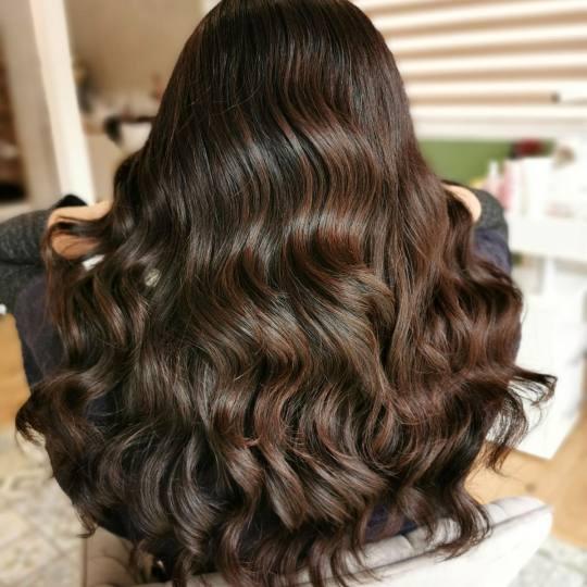 Exclusive Beauty #beograd Feniranje i stilizovanje Feniranje na ravno / lokne - duga kosa