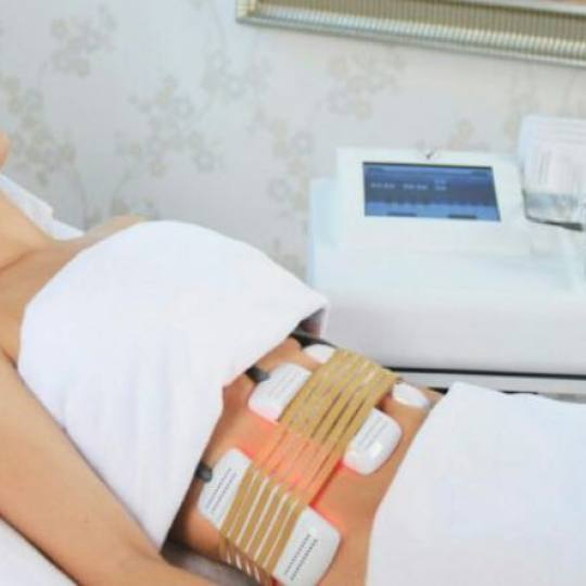 Pure and beauty #beograd Laserski tretmani lica Lipo laser