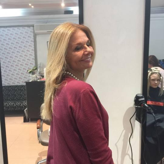 Gagi #beograd Feniranje i stilizovanje Feniranje na ravno / lokne - duga kosa Mirjana Bobic Moisliov