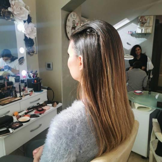 Bibi beauty centar #beograd Farbanje kose Farbanje izrastka - sve dužine kose