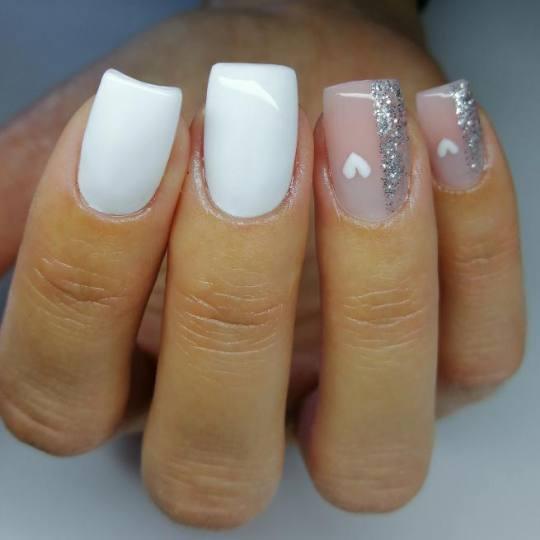 Nail office - TC BIG Rakovica #beograd Nadogradnja noktiju Nadogradnja noktiju tipsama + boja - Geli