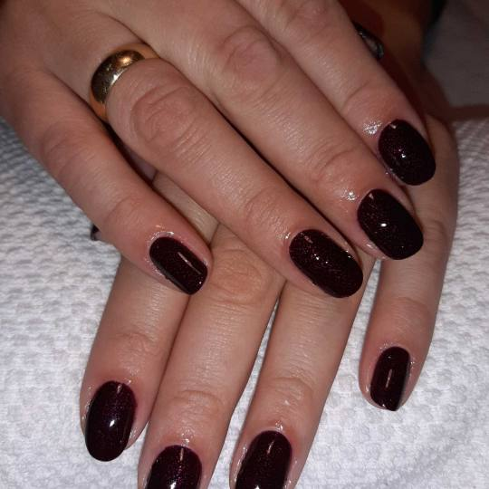 Migun centar relax #beograd Gel lak Ojačavanje prirodnih noktiju - gel lak baza
