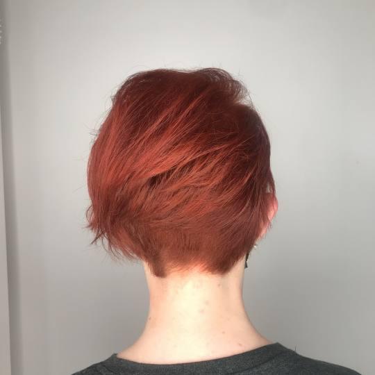 Cut 'n' Go #novisad Žensko šišanje Žensko šišanje + feniranje - kratka kosa