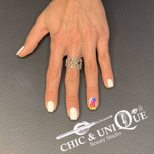 Chic & Unique Beauty Studio #beograd Manikir Manikir + gel lak