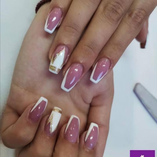 San #beograd Korekcija noktiju Korekcija izlivanja /  nadogradnje noktiju
