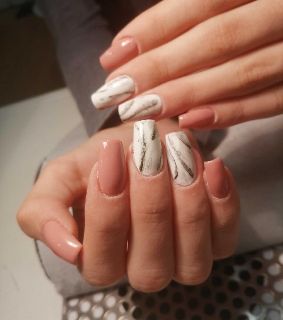 LookBook Salon Soul Ojačavanje prirodnih noktiju gelom - ruke