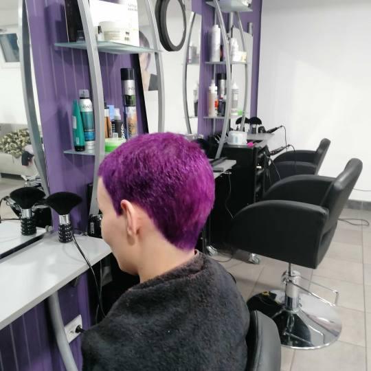 Nova Magična Ruža #beograd Farbanje kose Farbanje cele dužine - kratka kosa 🥰ljubičasta🥰