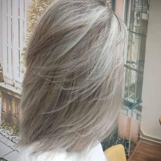 Hair by Silvy #beograd Pramenovi Pramenovi na foliju + toniranje + feniranje - kosa srednje dužine