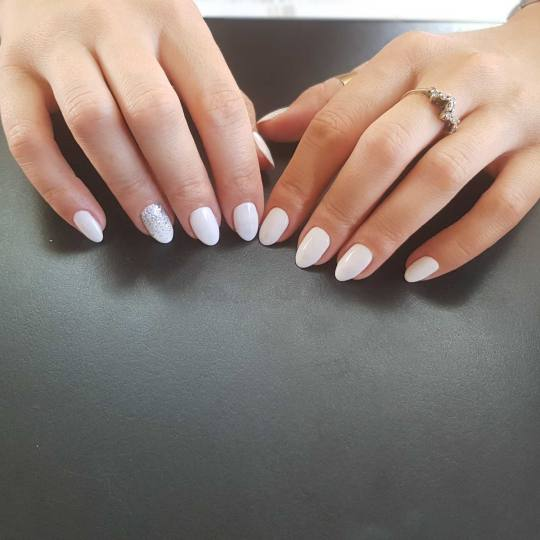 Million #beograd Lakiranje noktiju Lakiranje noktiju manikir i lakiranje noktiju