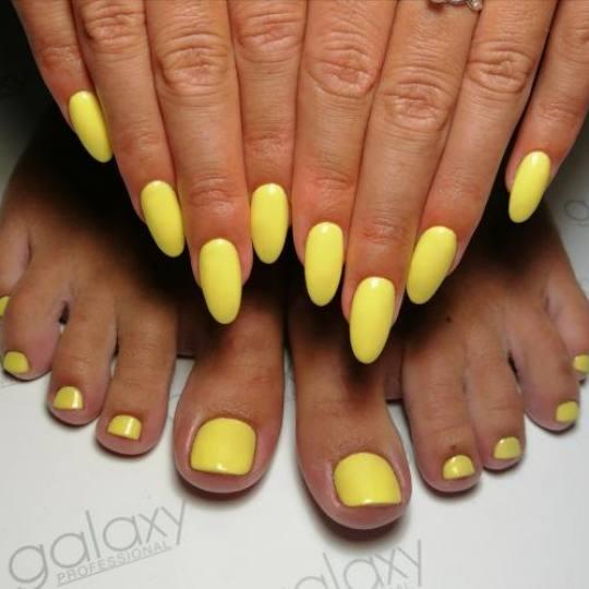Nail office - deaktivirano #beograd Gel lak Trajni lak / ojačavanje noktiju gelom + boja - noge