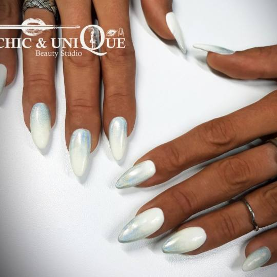 Chic & Unique #beograd Ojačavanje noktiju Ojačavanje noktiju gelom Ojacavanje noktiju gelom + homo
