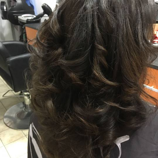 Valentina - Tina S #beograd Feniranje i stilizovanje Feniranje ekstra duge kose - na ravno / lokne