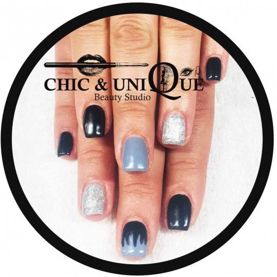 Chic & Unique #beograd Gel lak Gel lak Black gliter nails