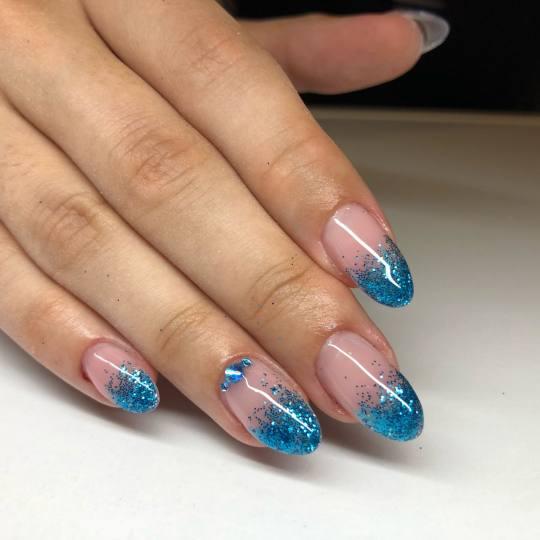 Mademoiselle Beauty #beograd Izlivanje noktiju Korekcija izlivanja noktiju gelom