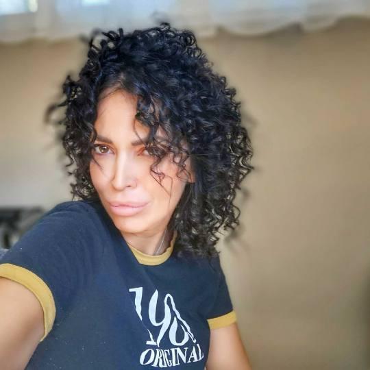 Bibi beauty centar #beograd Feniranje i stilizovanje Feniranje na ravno / lokne - duga kosa Afro sty