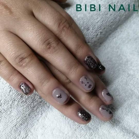 Bibi beauty centar #beograd Gel lak Gel lak - ruke radimo subotu i nedelju od 10h do 17h