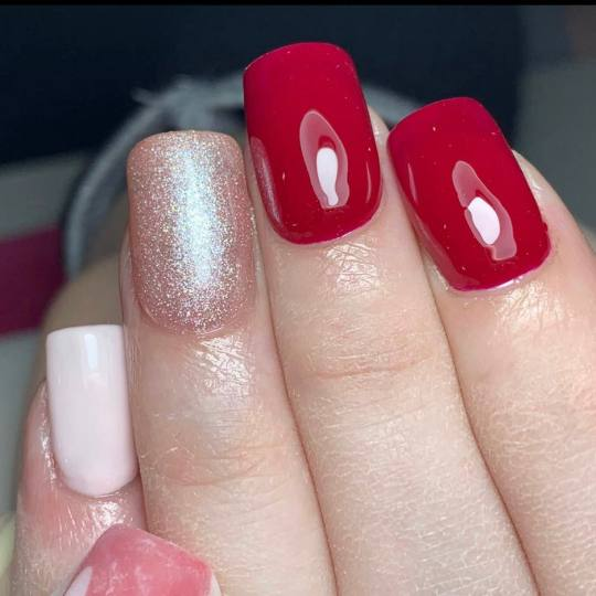 Mademoiselle Beauty #beograd Ojačavanje noktiju Korekcija ojačavanja noktiju gelom - tuđi rad