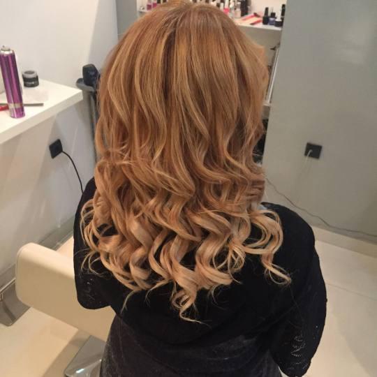 Bliss #beograd Feniranje i stilizovanje Feniranje na ravno - duga kosa