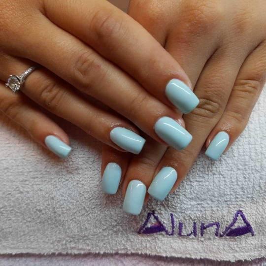 Aluna Beograd #beograd Izlivanje noktiju Izlivanje noktiju gelom