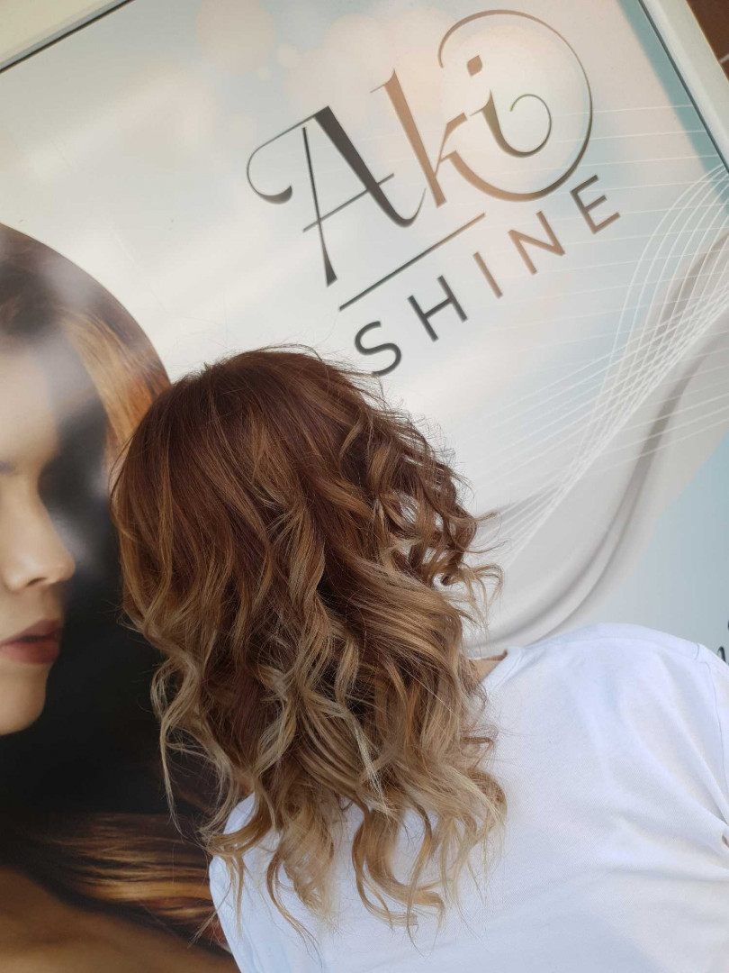 LookBook Aki shine Sombre - sve dužine kose