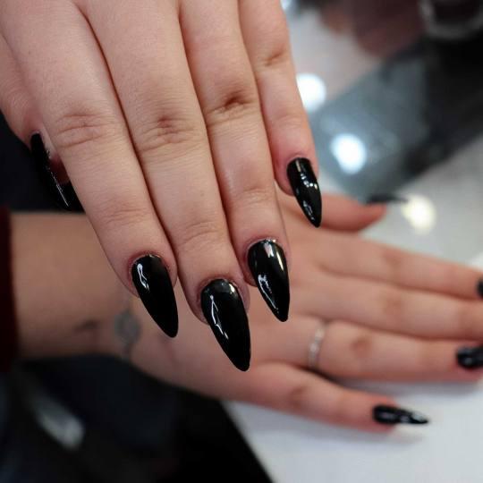 M Studio 0303 #novisad Nadogradnja noktiju Nadogradnja noktiju tipsama