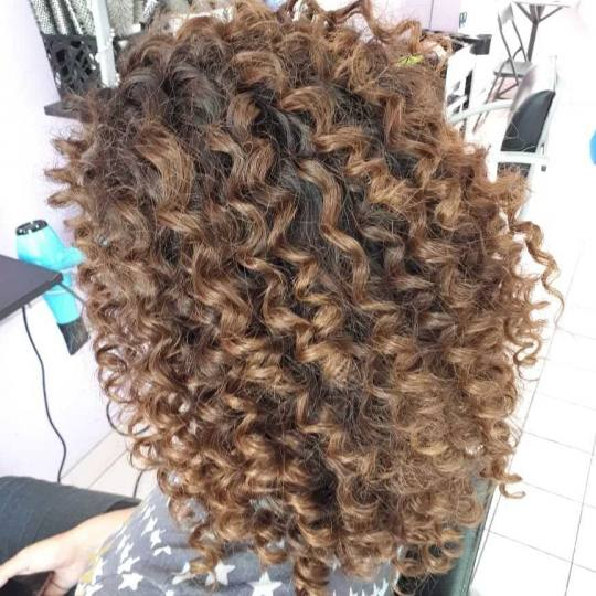 Jovana + #beograd Uvijanje, lokne i talasi Afro lokne - kosa srednje dužine / duga kosa