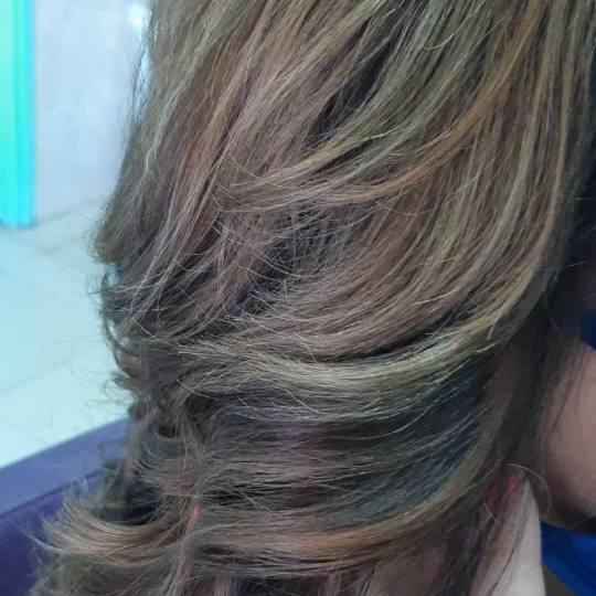 Estetik & Hairstilyst studio F #beograd Farbanje kose Balayage / Ombre + preliv / blanš - duga kosa
