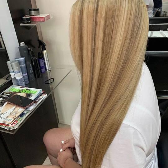 Hair Solutions #beograd Pramenovi Pramenovi na foliju 2 i više boja + preliv - ekstra duga kosa