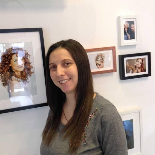 Attitude hair salon #beograd Žensko šišanje Žensko šišanje + feniranje na ravno / lokne - duga