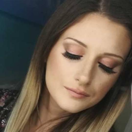 Unique Touch #beograd Make-up / šminkanje Profesionalno šminkanje + veštačke trepavice - dnevna