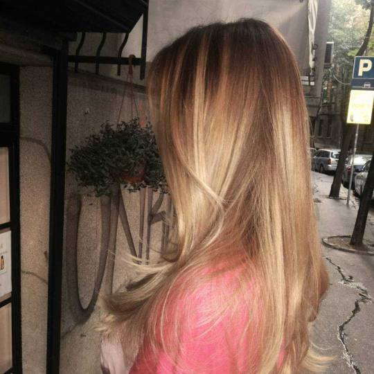 Bubi #beograd Ombre, sombre, balayage Ombre, sombre, balayage -  duga kosa Balayage-sombre