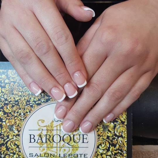 Baroque #beograd Manikir Ojačavanje prirodnih noktiju gelom - french - kratki nokti