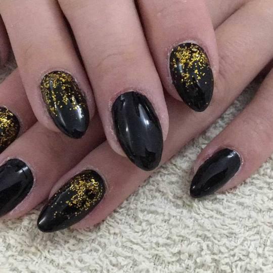 Estetik Studio Lira #beograd Ojačavanje noktiju Ojačavanje noktiju gelom - ruke