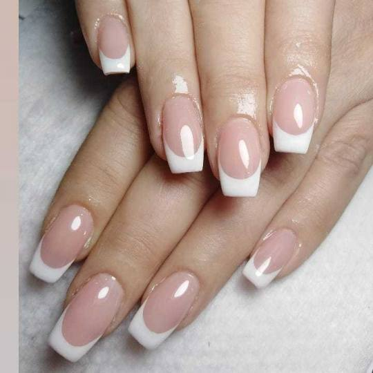 Bella Donna #nis Nadogradnja noktiju Nadogradnja noktiju tipsama