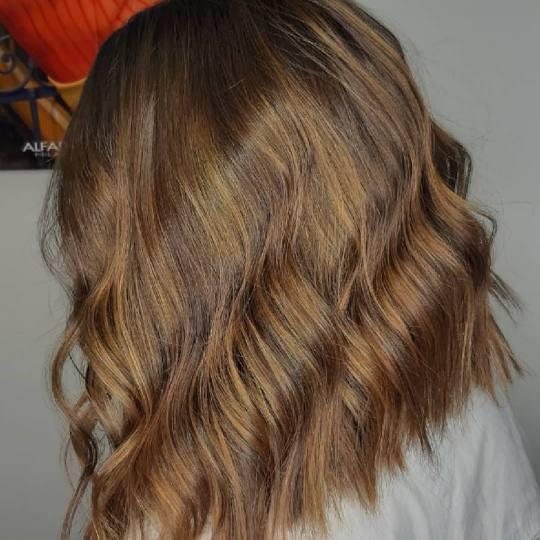 X Style #novisad Ombre, sombre, balayage Balayage + preliv - kosa srednje dužine