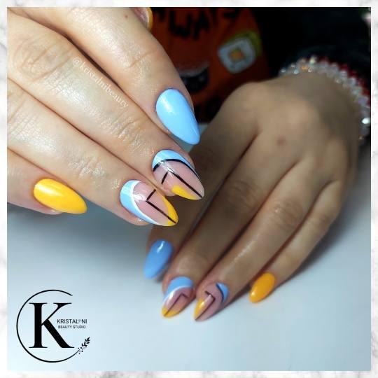 Kristal. NI Beauty Studio #nis Izlivanje noktiju Izlivanje noktiju gelom