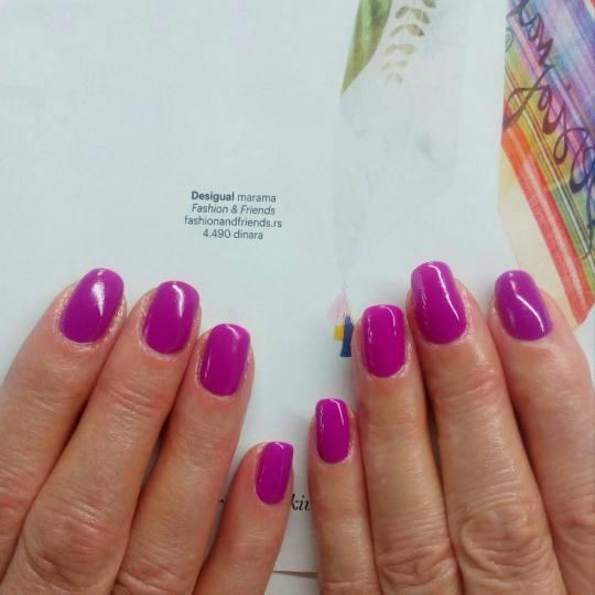 Eleonora #beograd Ojačavanje noktiju Ojačavanje noktiju gelom + gel lak