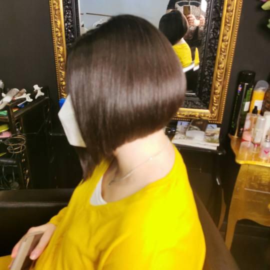 Baroque #beograd Šišanje Žensko šišanje + feniranje - kosa srednje dužine