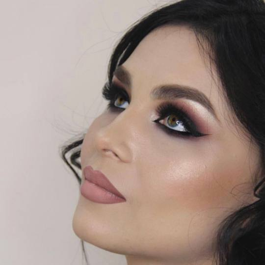 GM Beauty studio #beograd Make-up / šminkanje Profesionalno šminkanje PROFESIONALNO ŠMINKANJE MAC