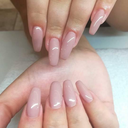 Alfaparf Nails #beograd Izlivanje noktiju Izlivanje noktiju gelom + gel u boji / french @alfaparfstu