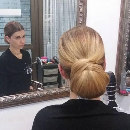 Paradiso #beograd Svečane i frizure za svadbu Svečana frizura - složena