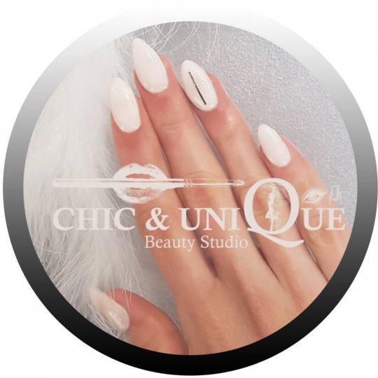 Chic & Unique #beograd Izlivanje noktiju Izlivanje noktiju gelom