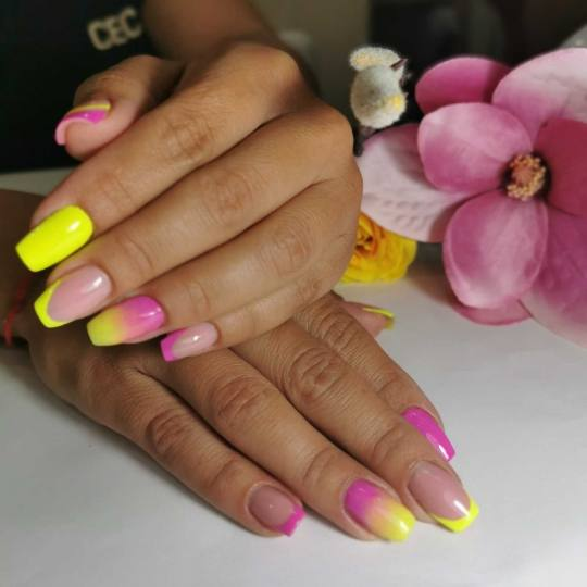 Cecix #beograd Izlivanje noktiju Izlivanje noktiju gelom