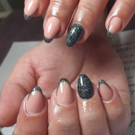 Beautyland #nis Ojačavanje noktiju Korekcija ojačavanja/izlivanja/nadogradnje noktiju