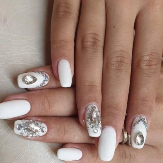 Alfaparf Nails #beograd Ukrašavanje noktiju Cirkon - cena po noktu